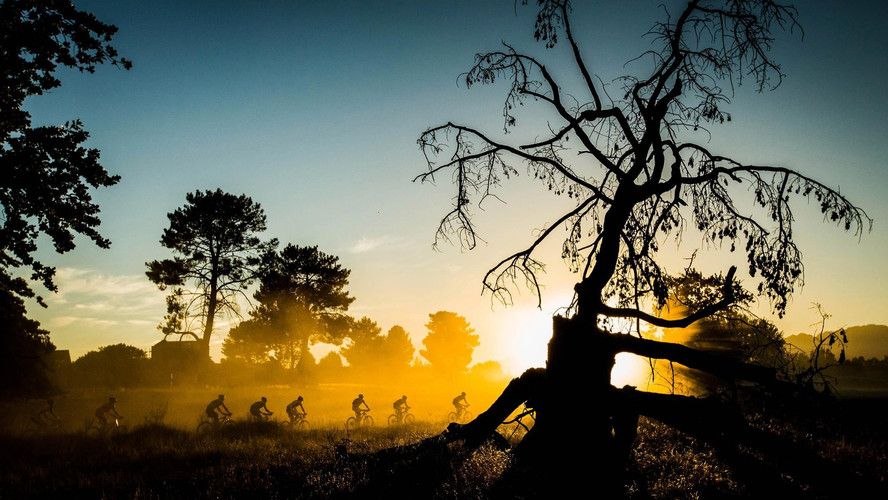 riders-competing-at-the-absa-cape-epic-m