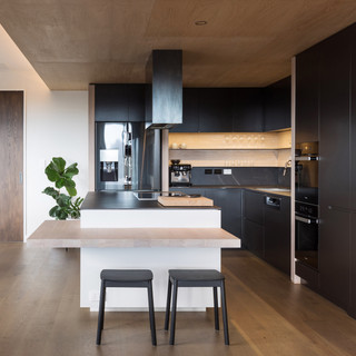 Bachelor Pad West Auckland