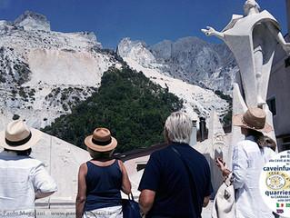 Risiedi a Marina di Carrara e non Sei mai stato alle Cave di Marmo?