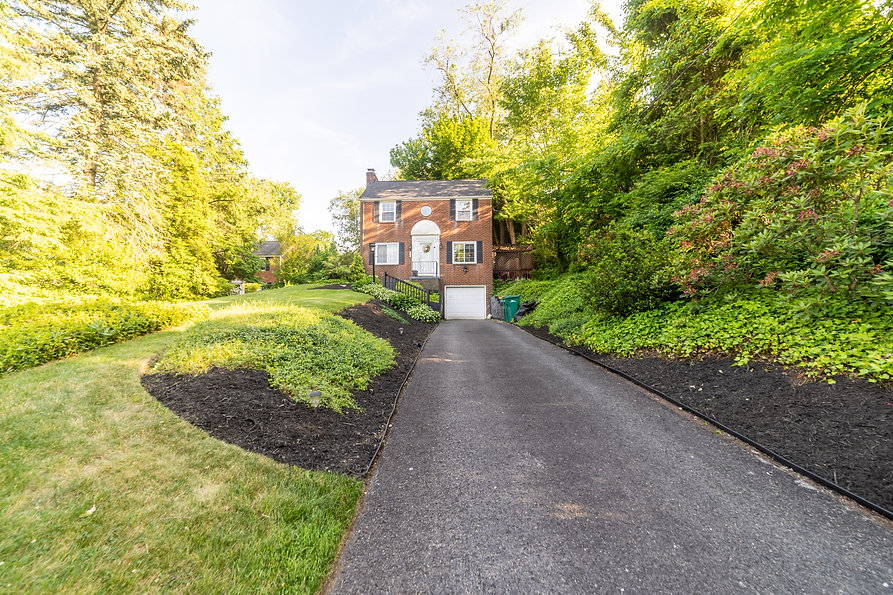 2310 Forest Drive, Pittsburgh Real Estate Photographer