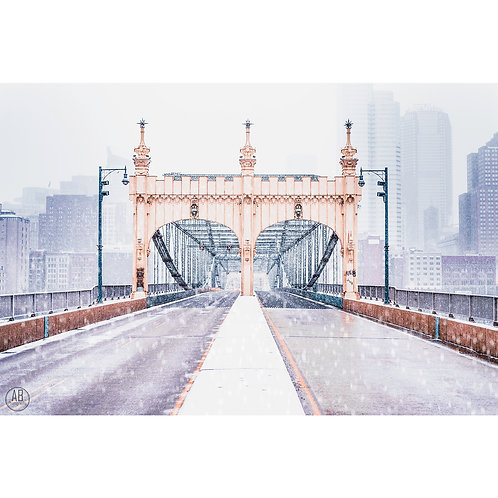 Photo of the Smithfield Bridge located in Pittburgh during a winter snow storm in December.