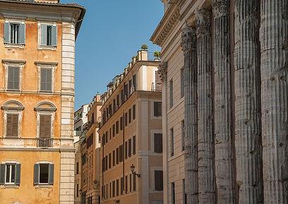 Tempio di Adriano, Rome