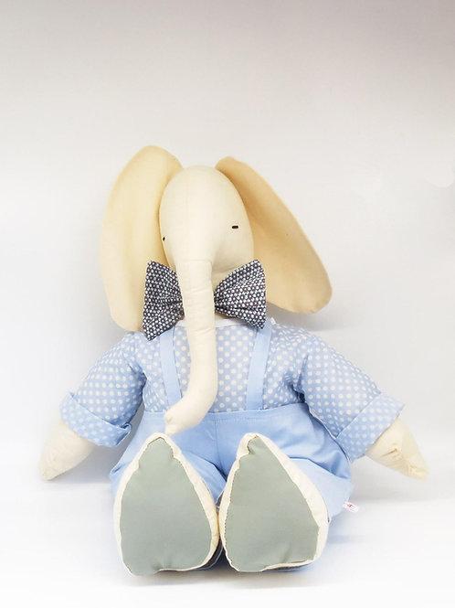בובת פיל גדול ולבוש אוברול