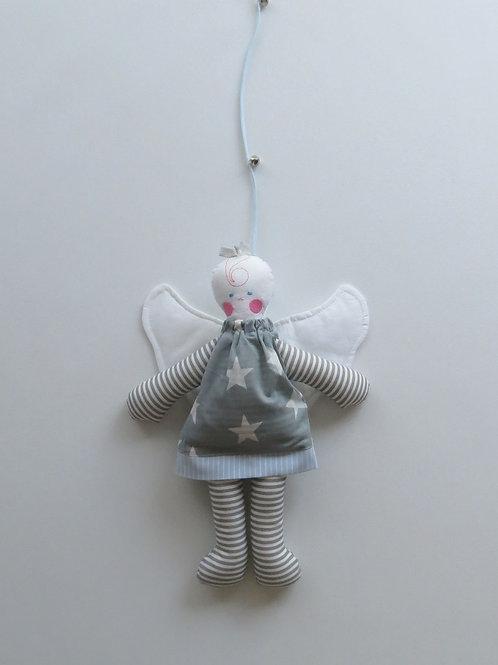 מובייל בובת מלאך באפור עם כוכבים ותכלת