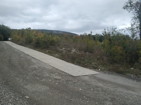 Автодорога проходящая рядом с участком.j