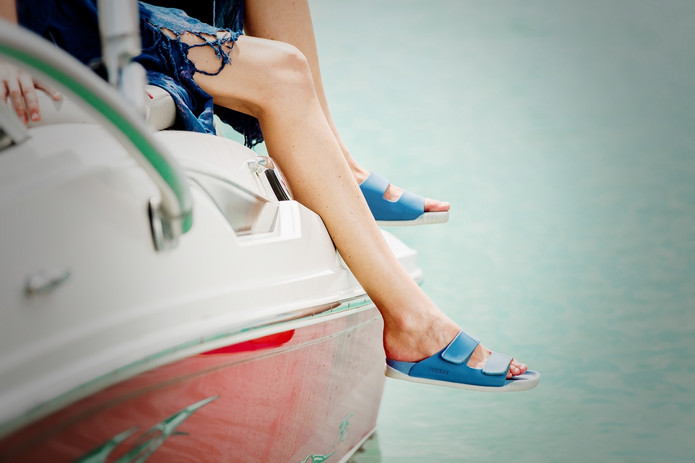 Packshot 1 Shoes Brand - Koh Samui Photo