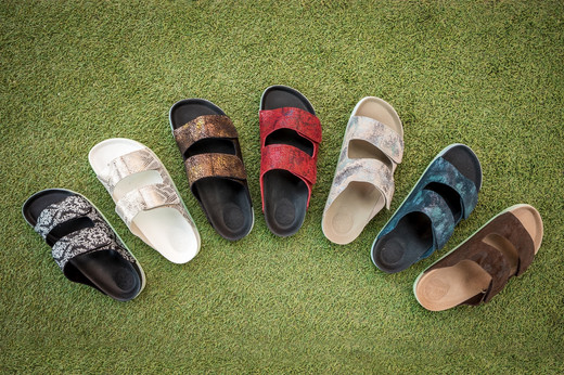 Packshot 3 Shoes Brand - Koh Samui Photo