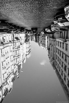 7.La rue sans dessus dessous - Grégory Courtois