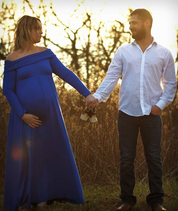 Amber and Jake's beautiful maternity ses