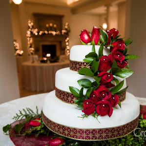 Holiday Weddings at the Empress Estate!