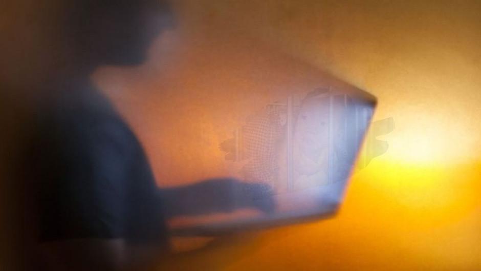 JAHRHUNDERT-LEAK: Der Inhalt auf HUNTER BIDENS LAPTOP ist viel krasser als erahnt!