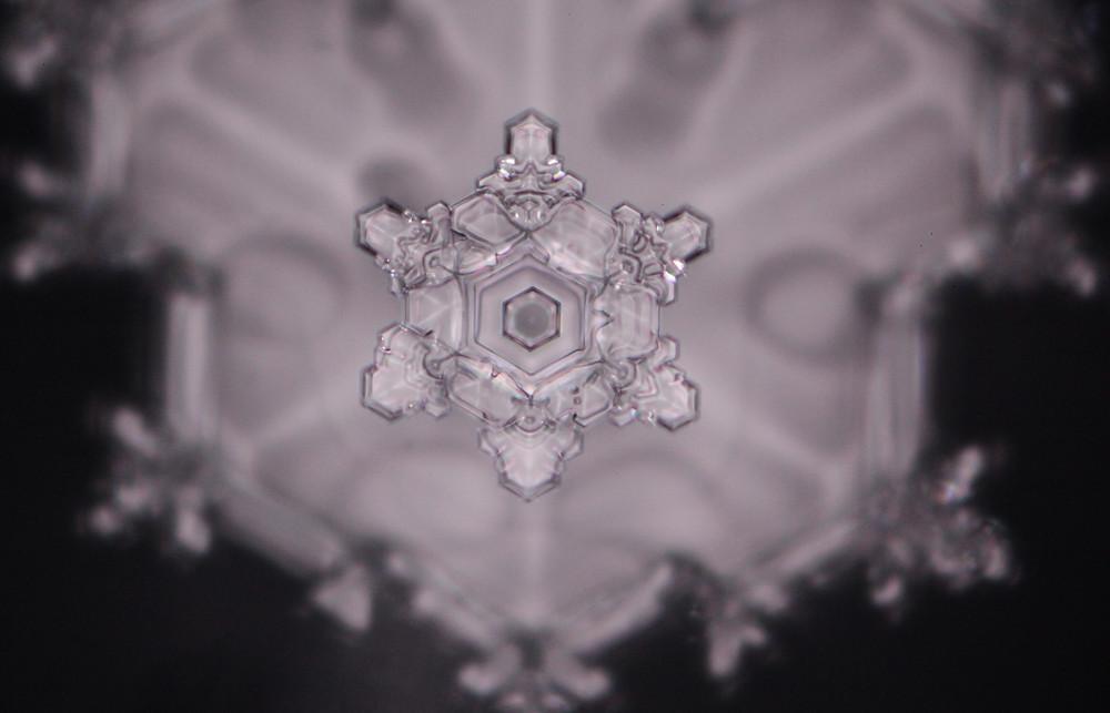 Wasserkristall strukturiertes Wasser Emoto