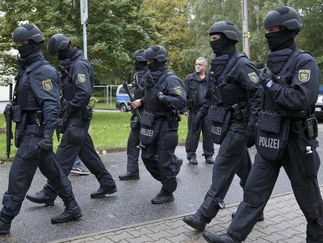 Neue Beweislage: Die Ausschreitungen in Chemnitz waren inszeniert!