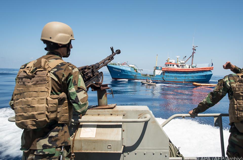 Lybische Küstenwache News NGO Schlepper