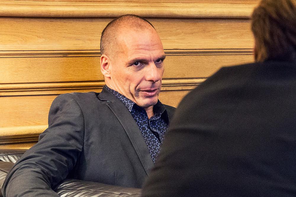 Varoufakis Interview legitim.ch