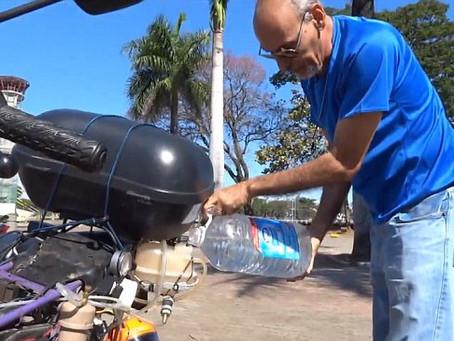 Brasilianer baut Motorrad, das mit Wasser getankt werden kann