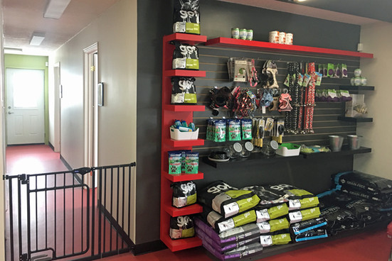 reddogstable kennel store.jpg