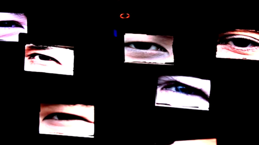 """The Glance""."