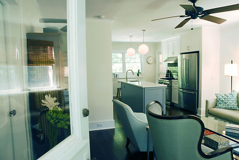 living rm view to kitchen .jpg