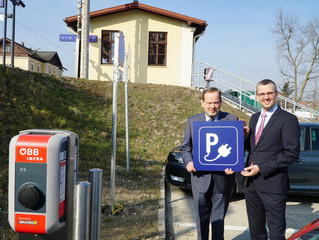 Neue Ladestation am Bahnhof Kierlingist E-Tankstelle Nr 10