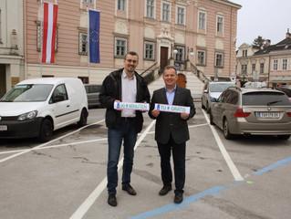 Elektroautos parken ab 1. Juni in Klosterneuburg 90 Minuten gratis