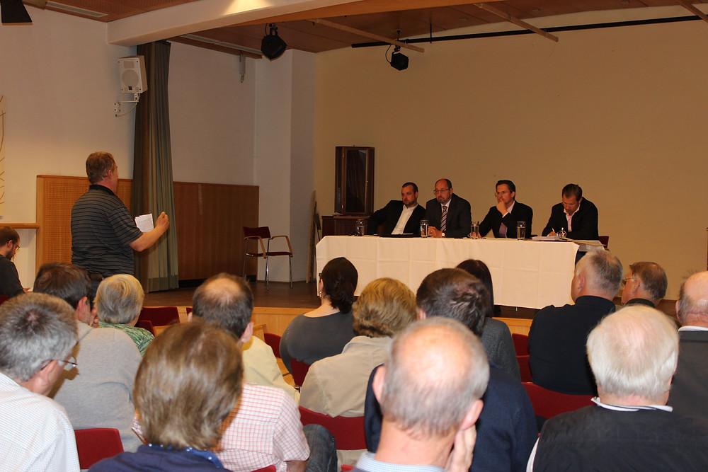 BGM im Ort (c) Stadtgemeinde Klosterneuburg.JPG