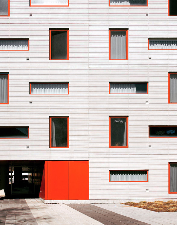 Red Frame Windows