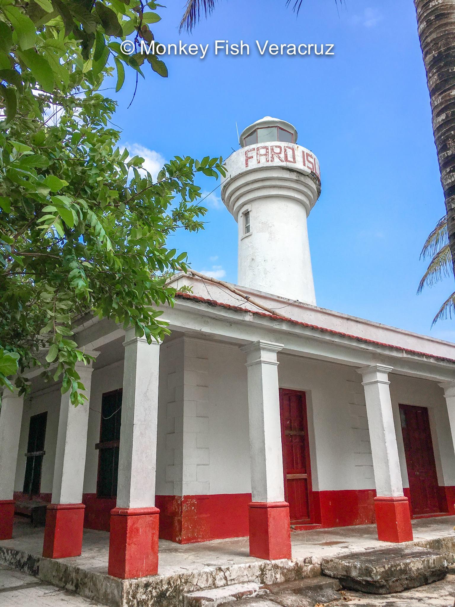 Faro Isla de Enmedio