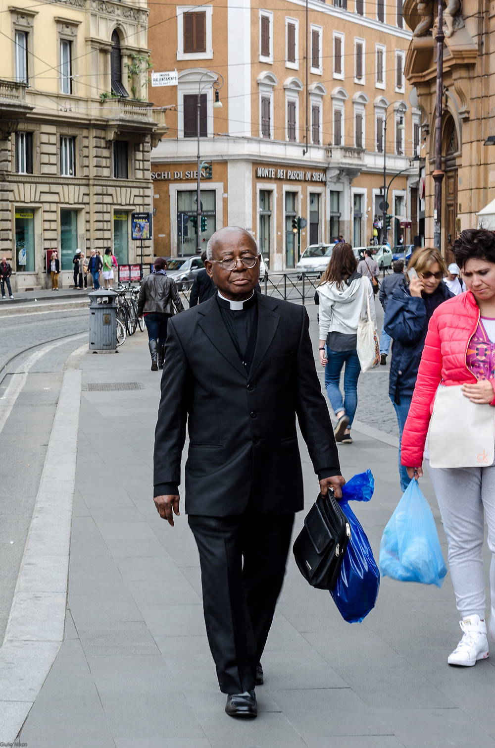 Flickr - Ritratto di prete