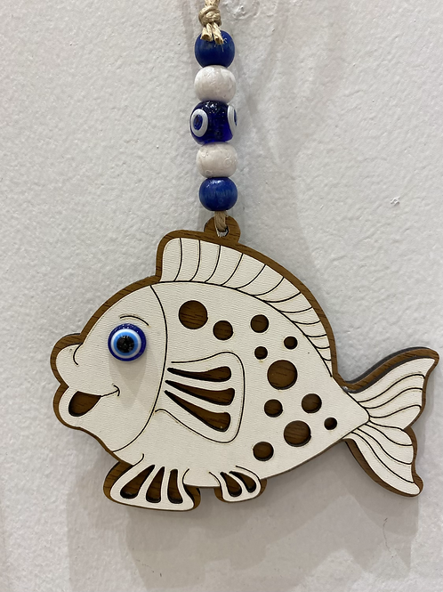 木製お守り/魚