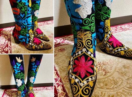 スザンニ刺繍ブーツ
