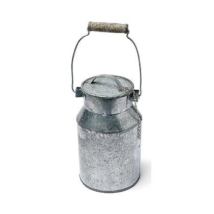 Pot à lait en zinc