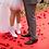 Thumbnail: Panier de pétales de roses