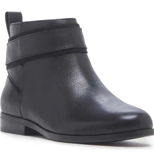 Sole Society Black  Leather Becie Bootie