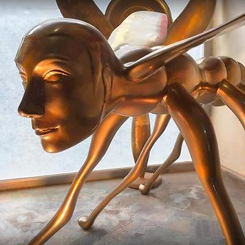 Y.Kale-arı adam--900.png