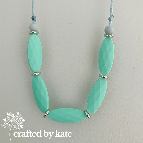 Mint ovals teething necklace
