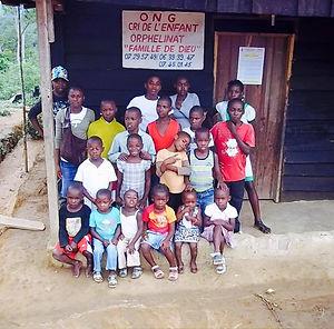 7fc5ec99f515c5 JANVIER 2017   Gabon avec l UNICEF et Cri de l Enfant. Un gala de charité  pour ...