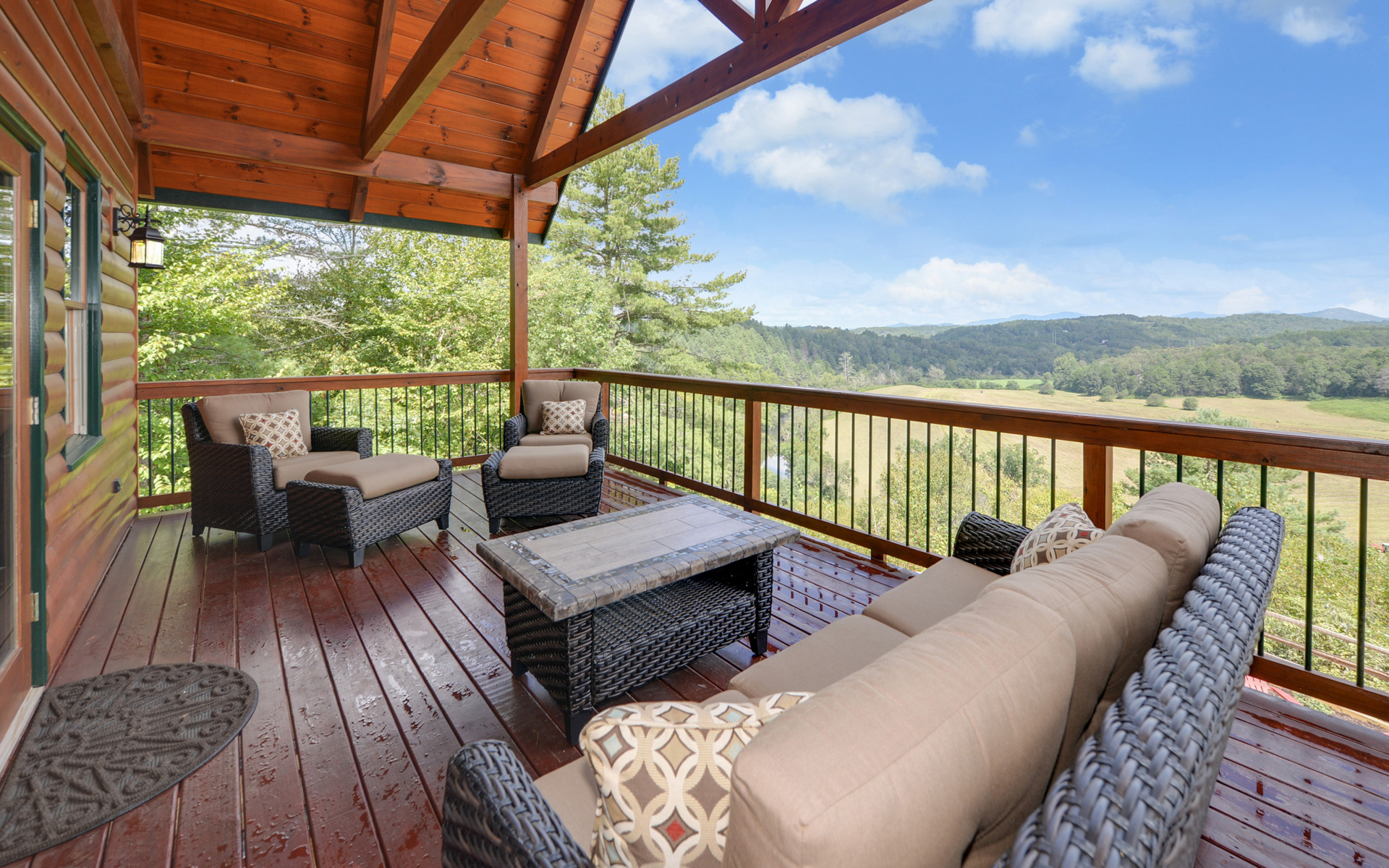 The Toccoa Lodge Blue Ridge Vacation Rental
