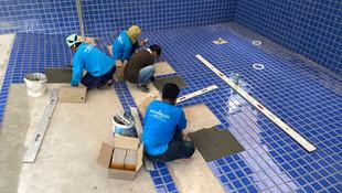 Tiling 9x5 meter pool in Kosuman