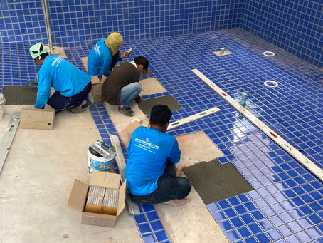 Tiling 9x5 meter pool in Kosuman