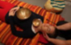 zvuková terapie tibetskými mísami