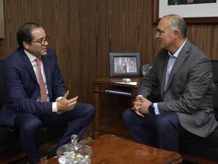 Gobernador y Sagarpa analizan proyectos para el campo colimense