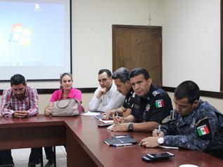 Corporaciones policiacas se reúnen con productores