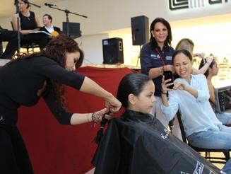 Un éxito, primer Trenzatón para pelucas oncológicas
