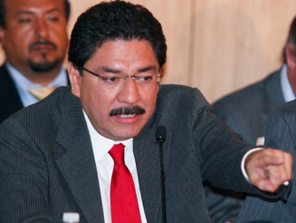 Pide Ulises Ruiz sacar del PRI al grupo de EPN