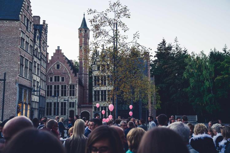 H58_Marktplein met Oude Stad.jpg