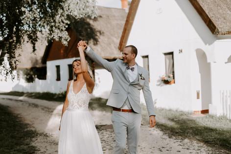 dani&noncsi wedding edit-900.jpg