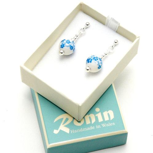 Ronin Earrings Blossom set with White Porcelain Beads