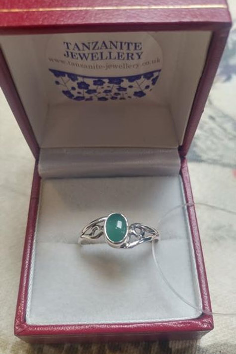 Green Onyx Oval Cut Sterling Silver ring