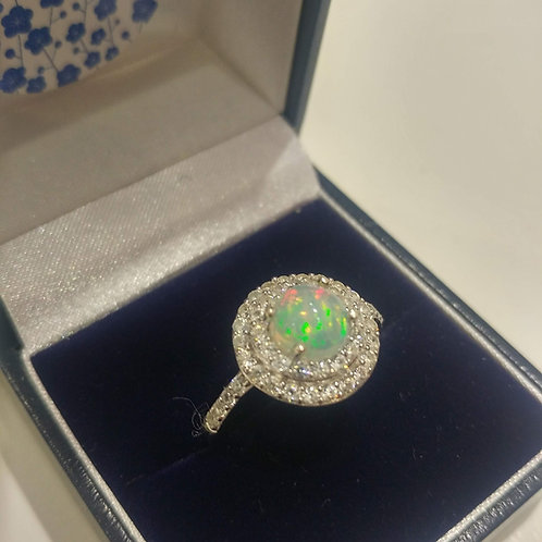Opal Ethiopian 1.75 cts set with Natural White Zircon Sterling Silver